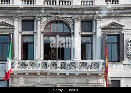 The verandah of a substantial palace building house palazzo near Rialto on the Grand Canal Venice Italy GRAND CANAL - Stock Image