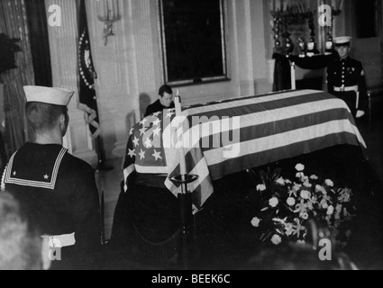 US President John Fitzgerald Kennedy lies in state after his assassination. - Stock Image