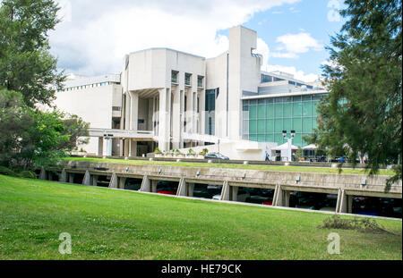 The exterior of the National Gallery of Australia in Canberra. - Stock Image