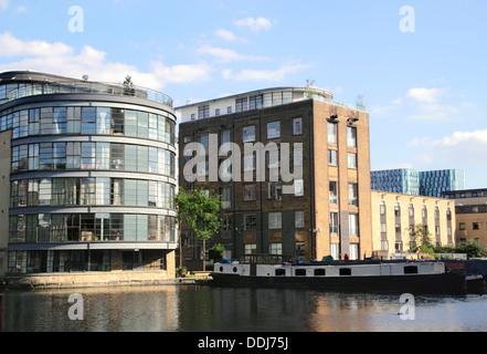 Battlebridge Basin Regent's Canal Kings Cross London - Stock Image