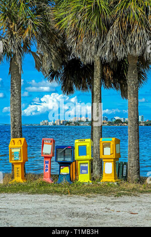 News and magazine stands in Sarasota - Stock Image