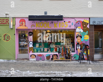 Colorful shop facade Kool Kids, one of many small shops, in the popular Grunerløkka neighborhood of Oslo Norway - Stock Image