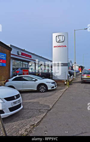 The Bassetts Honda garage, showroom and forecourt in Tremains Road, Bridgend. Local South Wales dealership. - Stock Image