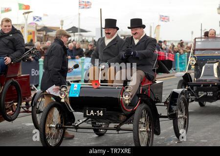 Mr Greville Dare Esq, driving his 1902 Oldsmobile at the finish of the 2018 London to Brighton Veteran Car Run - Stock Image