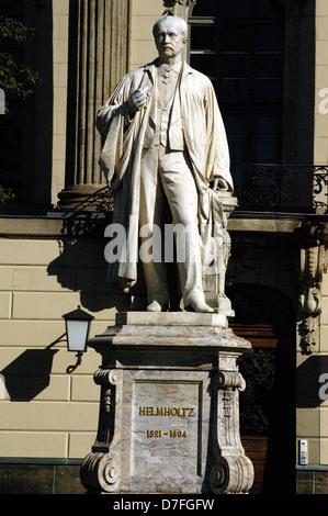 Europe, Germany, Berlin, Humboldt's university, monument of Helmholtz, Humboldt-Universität - Stock Image