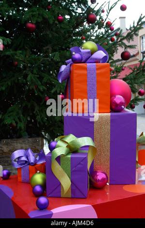 Christmas presents outdoor exhibition Paris - Stock Image
