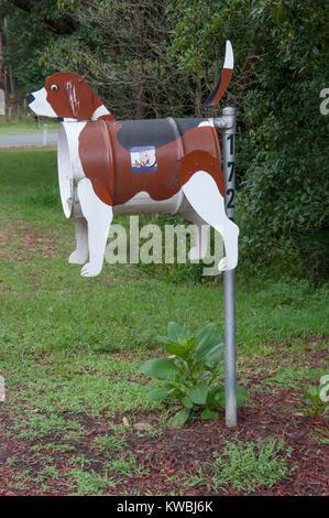 Roadside mailbox at a pet-friendly caravan park in South Gippsland, Victoria, Australia, Australia - Stock Image