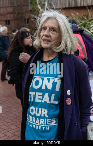 London, UK. 3rd November 2018. A woman from the campaign against library closures in Lambeth was one of the people gather at the British Library for a march and rally against cuts in library services, which are a vital part of our cultural services, especially for working class schoolchildren and young people. Over 100 libraries closed in 2017 and we need the Government to take action to stop and reverse library cuts. The event in support of libraries, museums and cultural services was organised by Unison and supported by PCS and Unite. Credit: Peter Marshall/Alamy Live News - Stock Image