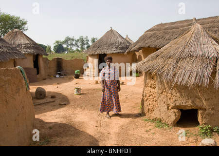 Mamprusi woman at the village of Sor No. 1, Gonja triangle, Damango district, Ghana. - Stock Image