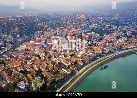 Szentendre, Hungary - Aerial skyline view of Szentnedre, the lovely riverside town in Pest County from above at winter time - Stock Image