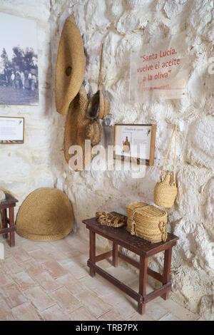 Several products made of esparto , halfah Grass, or esparto Grass. Olive oil museum Hacienda La Laguna. Baeza, Jaén province, Andalusia, Spain. - Stock Image
