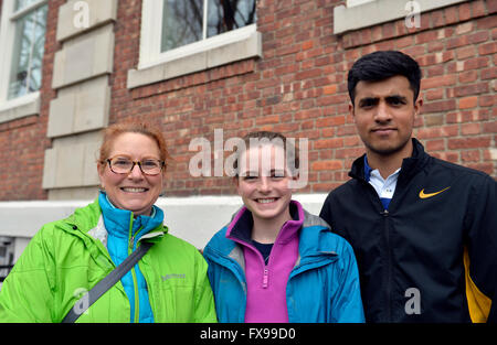 Port Washington, New York, USA. 11th April 2016. L-R, PATRICIA BRIDGES, MAGGIE BRIDGES her 17-year-old daugher in - Stock Image