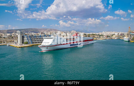 Minoan Lines High Speed car and passenber ferry Mykonos Palace leaving the port of Piraeus Athens Greece Europe - Stock Image