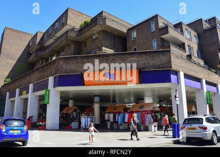 Entrance to London City Shopping (LCS) at The Barbican, Whitecross Street, Barbican, City of London, Greater London, England, United Kingdom - Stock Image