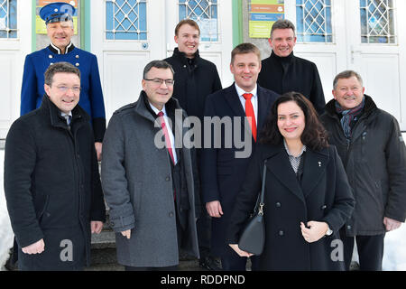 Czech Foreign Minister Tomas Petricek (5th from left) meet with Mayor of Bayerisch Eisenstein (Germany) Charly Bauer (6th from left), Mayor of Zelezna Ruda (Czech) Filip Smola (4th from left), Bavarian Minister of Federal and European Affairs Florian Herrmann (3rd from left) and Lower Bavarian politician Heinrich Schmidt (right) on January 18, 2019, in Zelezna Ruda, Czech Republic. (CTK Photo/Miroslav Chaloupka) - Stock Image