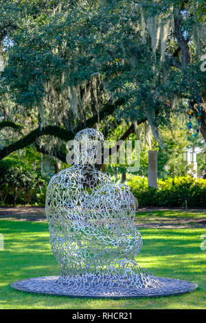 Overflow, by Spanish sculptor Jaume Plensa, New Orleans Sculpture Garden, New Orleans Museum of Art, New Orleans, Louisiana, USA - Stock Image