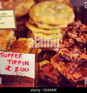 Toffee tiffin cake - Stock Image