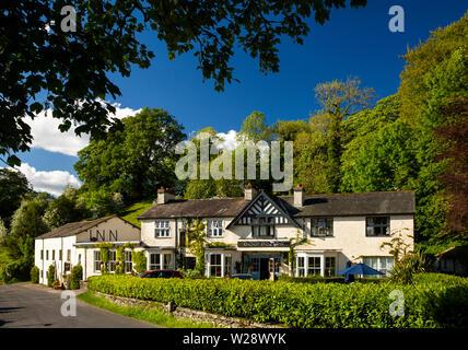 UK, Cumbria, Hawkshead, Far Sawrey, Cuckoo Brow Inn on B5285 road to Bowness Ferry - Stock Image