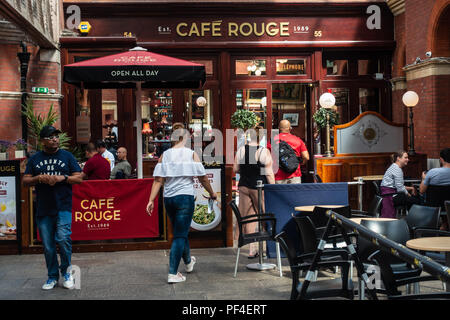 Cafe Rouge in the Windsor Royal Shopping Centre in Windsor, UK - Stock Image