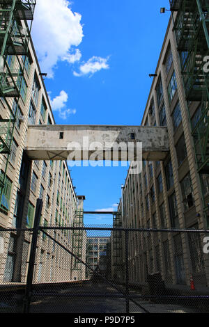 NEW YORK, NY - JUNE 26: Industry City warehouse complex buildings in Sunset Park, Brooklyn on JUNE 26th, 2017 in New York, USA. (Photo by Wojciech Mig - Stock Image