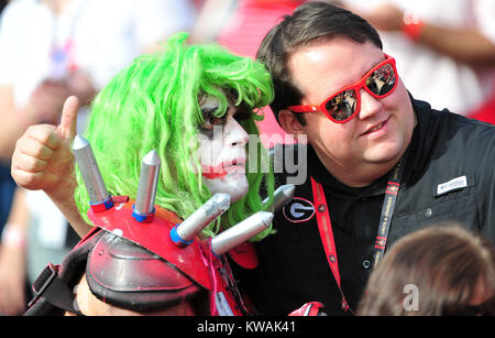 Pasadena, California, USA. 01st Jan, 2018. Fans during the 2018 Rose Bowl semi-final game between the Oklahoma Sooners - Stock Image