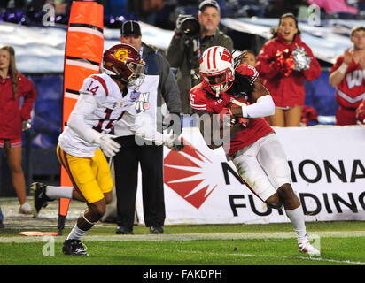 December 19, 2015. Robert Wheelwright #15 of Wisconsin in action during the 2015 National Education Holiday Bowl - Stock Image