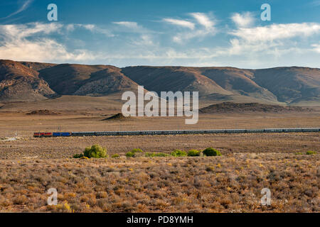 Rovos Rail train in the Karoo town of Matjiesfontein in South Africa. - Stock Image