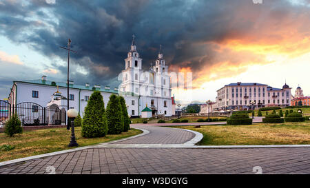 Belarus - Minsk with Orthodox Cathedral at night - Stock Image
