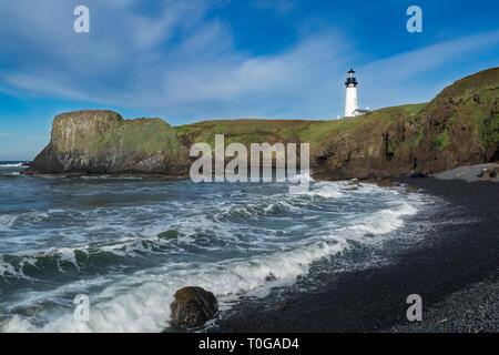 Yaquina Head Lighthouse, Newport, Oregon, USA - Stock Image