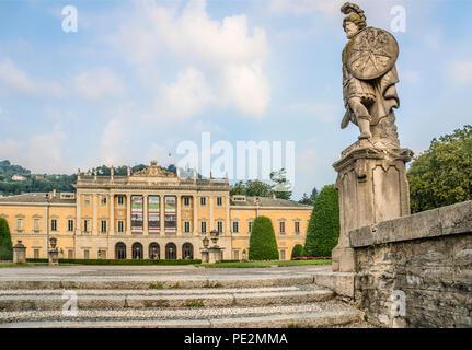 Villa Olmo is a neoclassical villa located in the city of Como, northern Italy. | Villa Olmo in Como, Lombardei, Italien - Stock Image