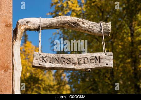 Wooden Kungsleden sign at STF Aktse hut, kungsleden trail, Lapland, Sweden - Stock Image