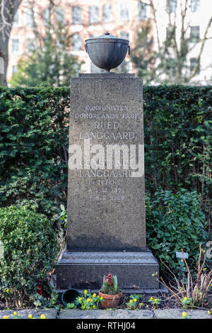 Rued Langgaard (1893-1952), Danish composer; grave in the Cemetery of Holmen, Copenhagen, Denmark - Stock Image