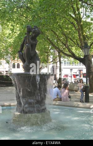 The Venus Fountain Sloane Square Chelsea London - Stock Image