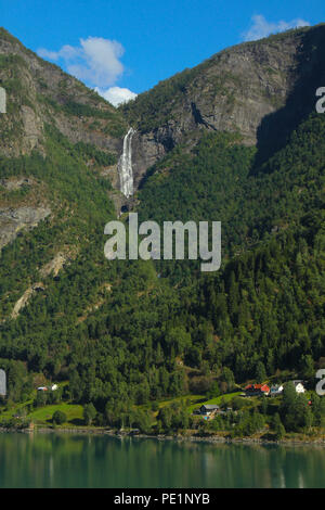 Skjolden, Norway - 6 August 2018: General view of the fishing village of Skjolden in the fjords of Norway on 7 August 2018. The village is set at the inner end of Sogenfjorden, the world's longest fjord and the deepest in Norway with its sheer vally walls and jagged mountain peaks. Photo: David Mbiyu - Stock Image