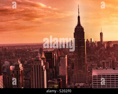 New York skyline at sunset, New York City, USA - Stock Image