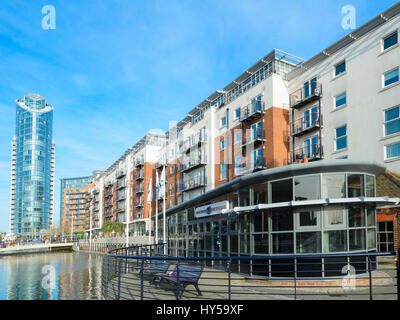 Gunwharf Quays Leisure Complex, Portsmouth, England, UK - a modern urban renewal / redevelopment project. Modern - Stock Image