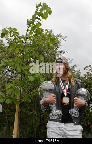 Prague, Czech Republic. 17th May, 2019. Czech snowboarder and alpine skier Ester Ledecka planted a tree in Prague Botanical Garden within the project Roots of personalities, in Prague, Czech Republic, on May 17, 2019. Credit: Michal Kamaryt/CTK Photo/Alamy Live News - Stock Image