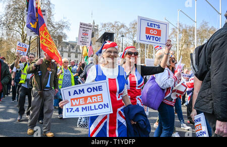 London, UK. 29th Mar, 2019. Pro Brexit supporters block off the streets around Parliament Square London today as they show their anger at not leaving the EU today causing traffic chaos in the city . MP's are sitting today to debate leaving the European Parliament on the day it was originally supposed to happen Credit: Simon Dack/Alamy Live News - Stock Image