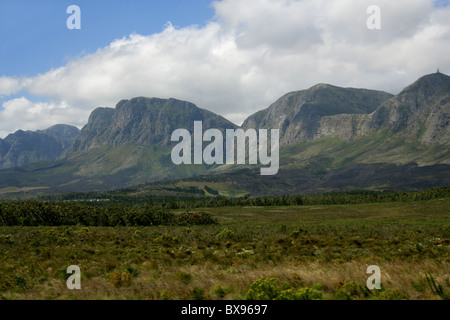 Scenery and Langeberg Mountain Range, Near Cape Town, South Africa - Stock Image