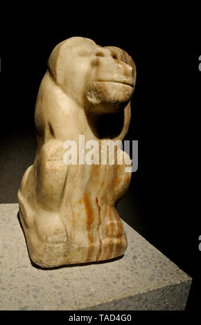 Egyptian art: monkey sculpture. Altes Museum, Berlin - Stock Image