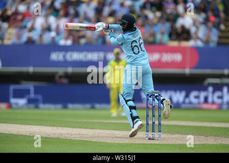 Birmingham, UK. 11th July 2019; Edgbaston, Midlands, England; ICC World Cup Cricket semi-final England versus Australia; Joe Root hits a four Credit: Action Plus Sports Images/Alamy Live News - Stock Image