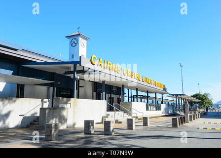 Cairns Cruise Liner Terminal along Trinity Inlet, Cairns Wharf, Far North Queensland, FNQ, QLD, Australia - Stock Image