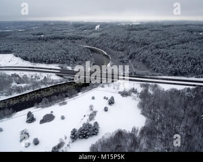 Vilnius, Lithuania: aerial top view of Neris river, surrounding forests and Gariunai road - Stock Image