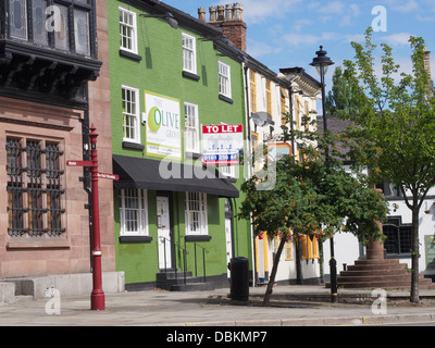 Altrincham: Market town since 1290- pld market square - Stock Image