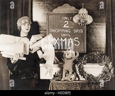 Only two shopping days until Xmas - Stock Image