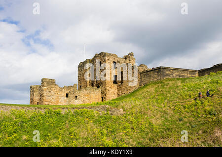 Part of the ruins of Tynemouth castle, Tyne and Wear (part of the castle and priory site). The castle was errected - Stock Image