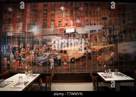 A mural in the 2nd Avenue Deli on Manhattan's Upper East Side shows the original 2nd Avenue Deli, which was on the Lower East Side of Manhattan. - Stock Image