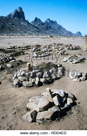 Sudan, Africa during the famine of 1985 Graveyard near Toklabab refugee camp of those who died when fleeing the war and famine in Ethiopia on the Ethiopian / Eritean border with Sudan near Kassala. - Stock Image