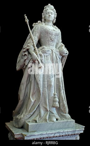 Marble statue of Queen Anne by Johannes Michel Rysbrack in the library at Blenheim Palace, Oxfordshire, England, is the principal residence of the Dukes of Marlborough. John Michael Rysbrack, (1694 - 1770), was an 18th-century Flemish sculptor. - Stock Image