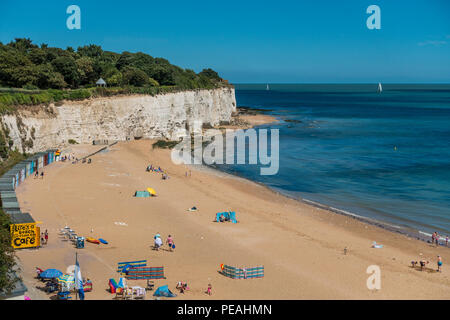 Stone Bay,Broadstairs,Thanet,Kent,Coast,England A quiet secluded bay on the outskirts of Brodstairs. - Stock Image